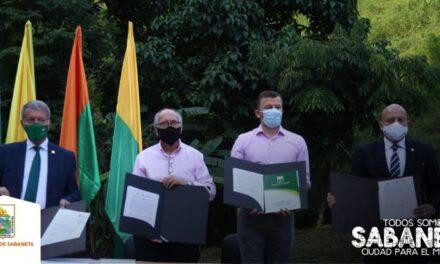 Sabaneta firmó importante acuerdo por la educación
