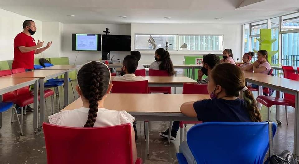 Inicia prueba piloto para procesos de formación en bilingüismo en Venecia