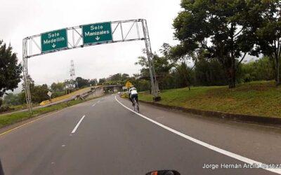Alcalde de Medellín entrega reporte de puente festivo
